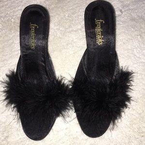 Vintage Frederick'S Feather Heels size 6 Black